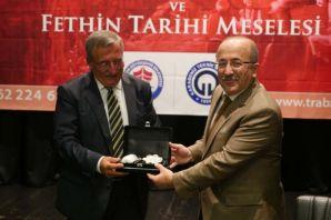 Trabzon'un fetih tarihi masaya yatırıldı