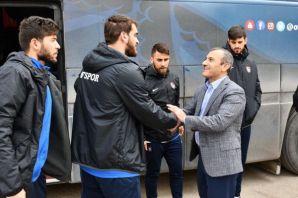 Tuncay Sonel Ofspor'u Tunceli'de ağırladı