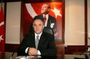 Rize Valisi Çaykaralı hemşerimiz Hacımüftüoğlu Müs