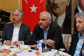 Vehbi Koç'tan Zorluoğlu ve Genç'e destek