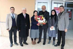 Yazar Kabahasanoğlu'ndan söyleşi ve imza günü