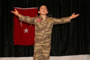 Of'ta İstiklal Marşı'nın Güzel Okuma Yarışması heyecanı yaşandı