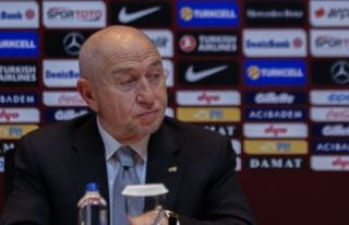 Hedefimiz, ligi ve Türkiye Kupası'nı oynayarak...