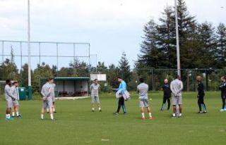 Trabzonspor çalışmalara başladı