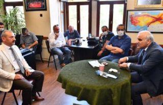 Başkan Zorluoğlu Gazeteciler Cemiyeti'ni ziyaret...