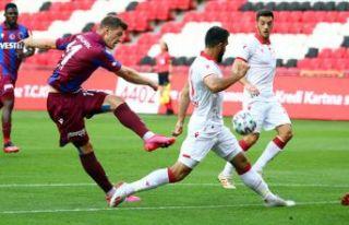 Trabzonspor ilk hazırlık maçında Samsunspor'a...