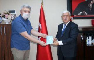 Yahya Özkök'ten 99 yüz şiiri
