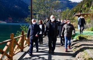 Başkan Zorluoğlu Uzungöl'deki çalışmaları...