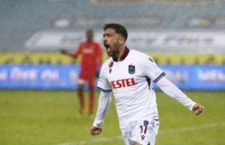 Trabzonspor G.Antep'i de Bakesatas'la geçti