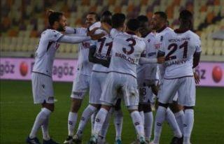 Trabzonspor Malatya'yı da devirdi 5'te 5 yaptı