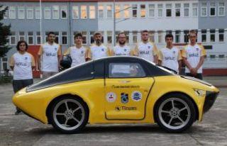 Ulusoy Lisesi öğrencileri elektrikli araçla Teknofest'e...