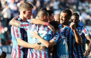 Trabzonspor Kasımpaşa'yı Bakasetas'la geçti