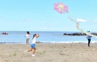 Yalıncak sahil düzenlemesi uçurtma şenliğiyle...