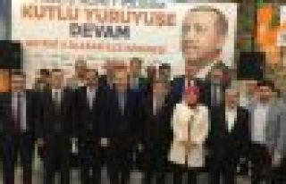 Ak Parti Hayrat'ta Salih Öztel'le devam ediyor