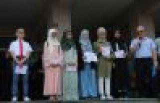 Ali Yeşilyurt İmam Hatip Ortaokulu'nda karne sevinci