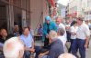 Ayşe Sula Köseoğlu Dernekpazarı'nda halkla buluştu...