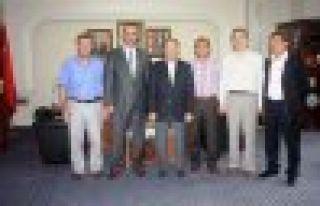 Bakan Akdağ, Of Belediyesini ziyaret etti