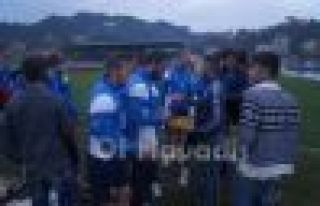 Başkan Saral futbolcularla bayramlaştı