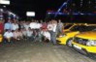 Başkan Saral'dan taksicilere iftar