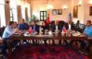 Başkan Zorluoğlu vekillerle projeleri istişare...