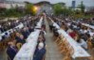 Büyükşehir'den Kur'an Kursu talebelerine iftar