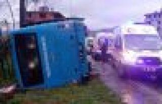 Büyükşehir'in Hayrat yolcu otobüsü devrildi...