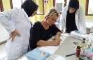 Cam Sanatı Merkezi'nden 15 kadına istihdam