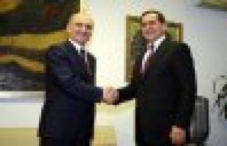 Çevre ve Şehircilik Bakanı Bayraktar koltuğu devraldı