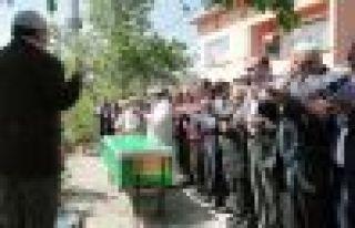 Emine Yavuz hayatını kaybetti