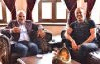 Haluk Levent, Zorluoğlu ile çay içti
