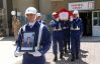 Hayrat Jandarma Komutanı Demirkan hayatını kaybetti