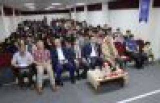 Kadir Sevencan'dan İstanbul'un Fethi konferansı