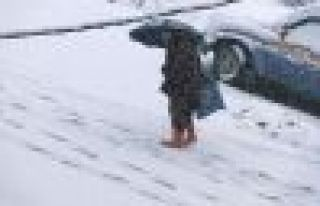 Kar yağışı nedeniyle Of'ta okullar bir gün...