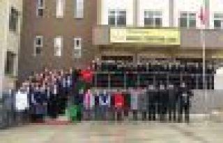 Of Anadolu Öğretmen Lisesi'nin ilk karne töreni