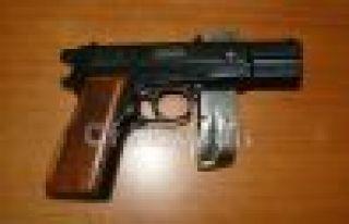 Of Jandarma silah yakaladı