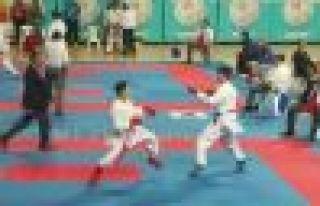 Oflu Karateci Samet Saylam Türkiye Üçüncüsü