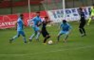 Ofspor Nazilli Belediyespor'a 3-2 mağlup oldu