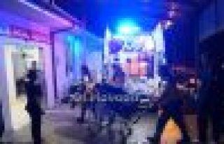 Of'ta ambulans taksi ile çarpıştı 5 yaralı