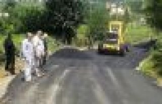 Of'un köy yolları asfaltlanıyor