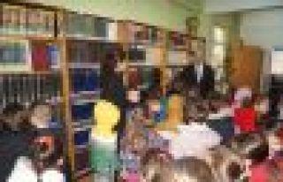 ŞAT Anaokulu öğrencilerinden kütüphaneye ziyaret