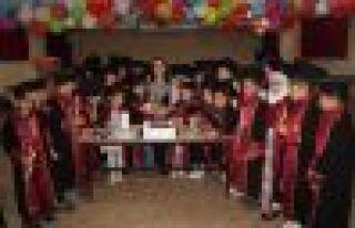 Şehit Ali Bulut İlkokulu 4-B sınıfının mezuniyet...