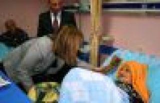 Seymenoğlu Başkanları ve hastaları ziyaret etti