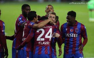 Trabzonspor Konyaspor'u 3 golle geçti