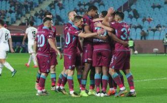 Trabzonspor kupada yabancılarıyla coştu
