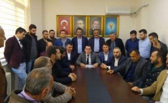 Akyol meclisten istifa etti başkanlığa aday oldu
