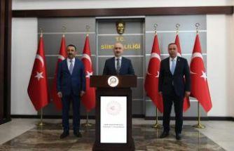 Oflu Bakan Karaismailoğlu'ndan Oflu Vali Hacıbektaşoğlu'na ziyaret