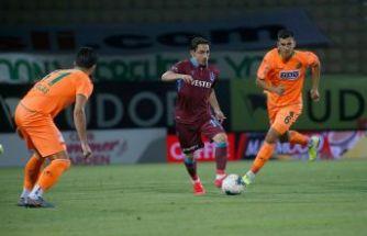 Trabzonspor 90+5'te liderliği Alanya'da bıraktı