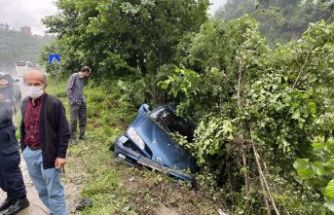 Sarıcaoğlu ailesi kazayı ucuz atlattı