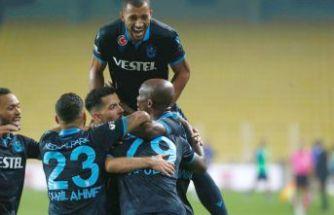 Trabzonspor öne geçti ama Fenerbahçe'yi yenemedi