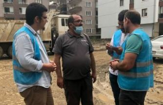AGD heyeti Rize ve Artvin'de yaraları sarıyor